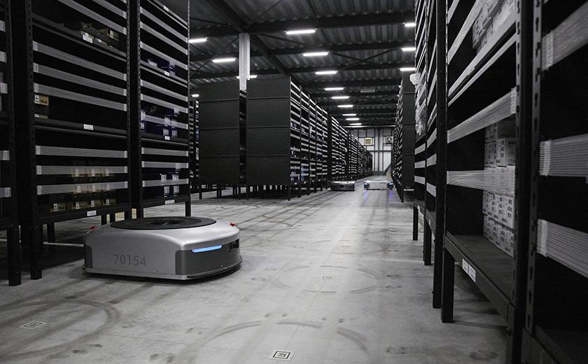 人手不足解消の救世主となるか:AI物流ロボット『EVE』(2)